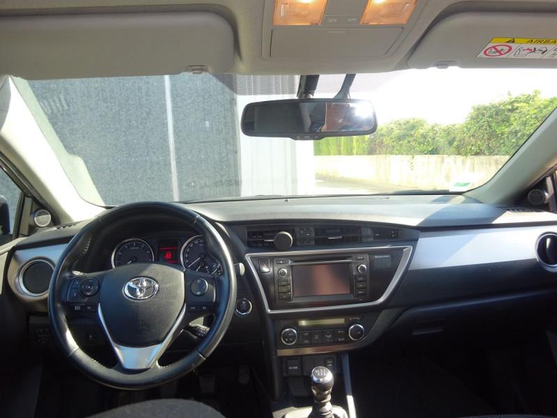 Photo 7 de l'offre de TOYOTA AURIS 100 VVT-I DYNAMIC à 9900€ chez Automobiles Raoul Moço