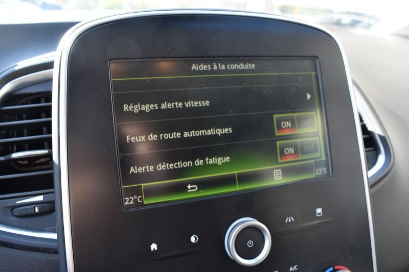 Photo 13 de l'offre de RENAULT SCENIC IV 1.5 DCI 110CH ENERGY BUSINESS à 15290€ chez Garage Charrier