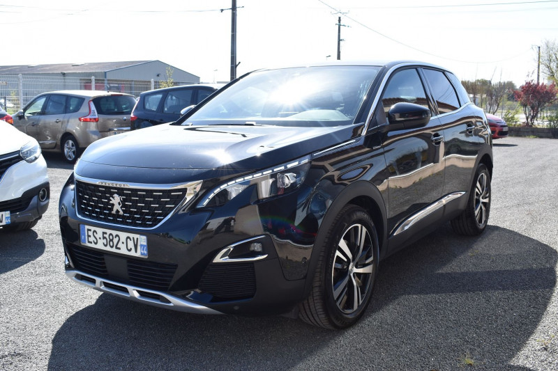 Photo 18 de l'offre de PEUGEOT 3008 1.6 BLUEHDI 120CH GT LINE S&S EAT6 à 21490€ chez Garage Charrier