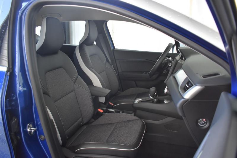 Photo 4 de l'offre de RENAULT CAPTUR II 1.5 BLUE DCI 115CH INTENS EDC à 25990€ chez Garage Charrier