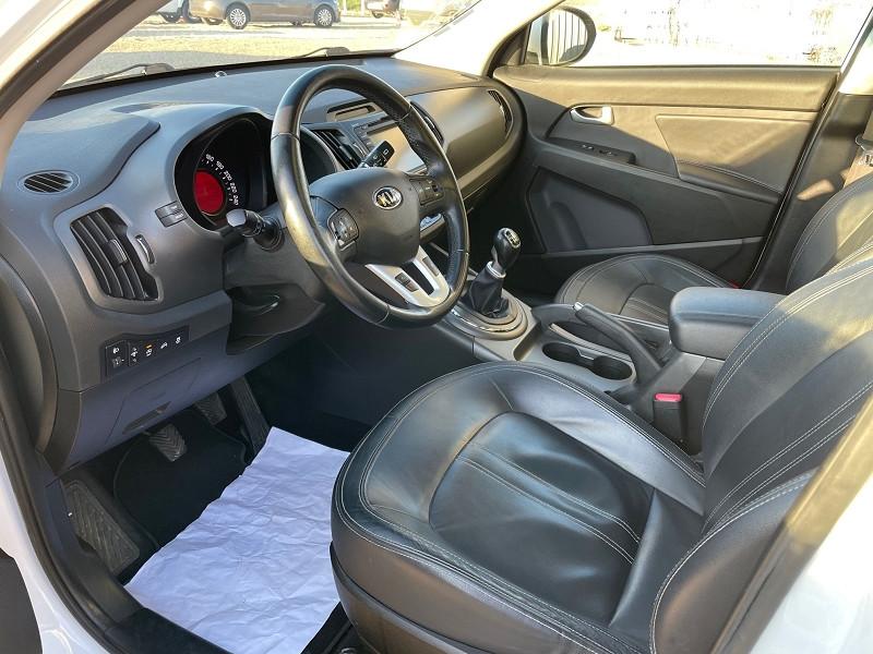 Photo 7 de l'offre de KIA SPORTAGE 1.7 CRDI 115 PREMIUM ISG à 11990€ chez Univers auto