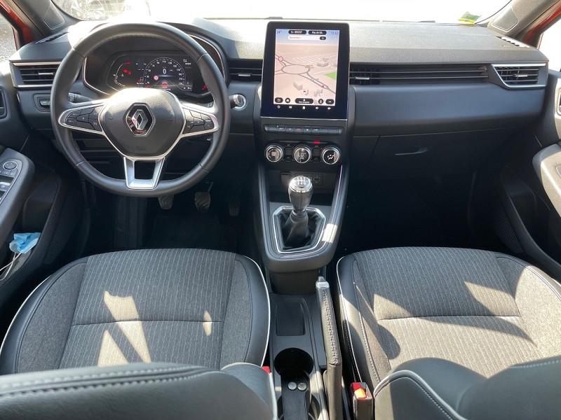 Photo 2 de l'offre de RENAULT CLIO V 1.0 TCE 100CH INTENS à 17490€ chez Univers auto