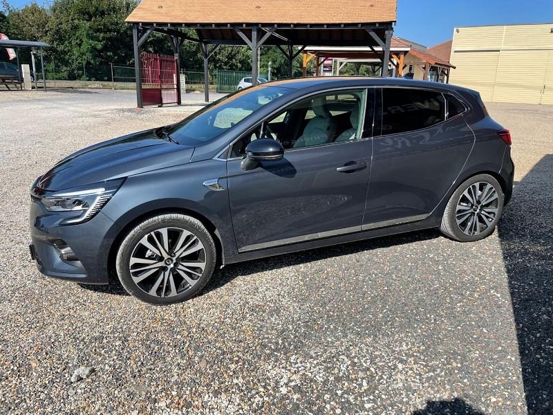 Photo 6 de l'offre de RENAULT CLIO V 1.5 BLUE DCI 115CH INITIALE PARIS 6CV à 20390€ chez Univers auto