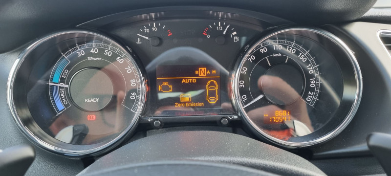 Photo 2 de l'offre de PEUGEOT 3008 2.0 E-HDI FAP BMP6 + ELECTRIC 37CH à 8324€ chez Loz'auto