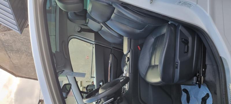 Photo 8 de l'offre de PEUGEOT 3008 2.0 E-HDI FAP BMP6 + ELECTRIC 37CH à 8324€ chez Loz'auto