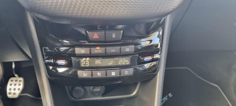 Photo 5 de l'offre de PEUGEOT 2008 1.2 PURETECH 110CH CROSSWAY S&S à 16690€ chez Loz'auto