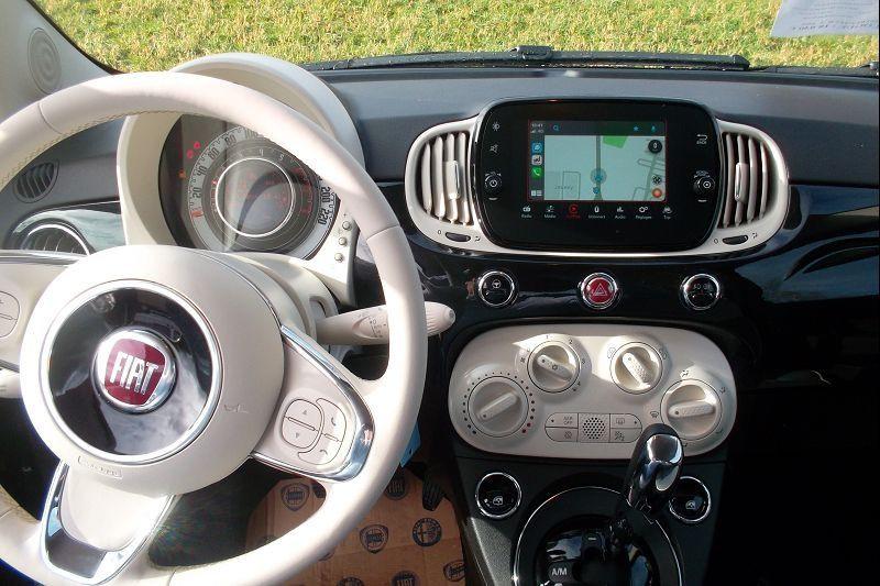 Photo 5 de l'offre de FIAT 500 1.2 8V 69CH S&S LOUNGE  DUALOGIC à 12890€ chez François-Pierre automobiles