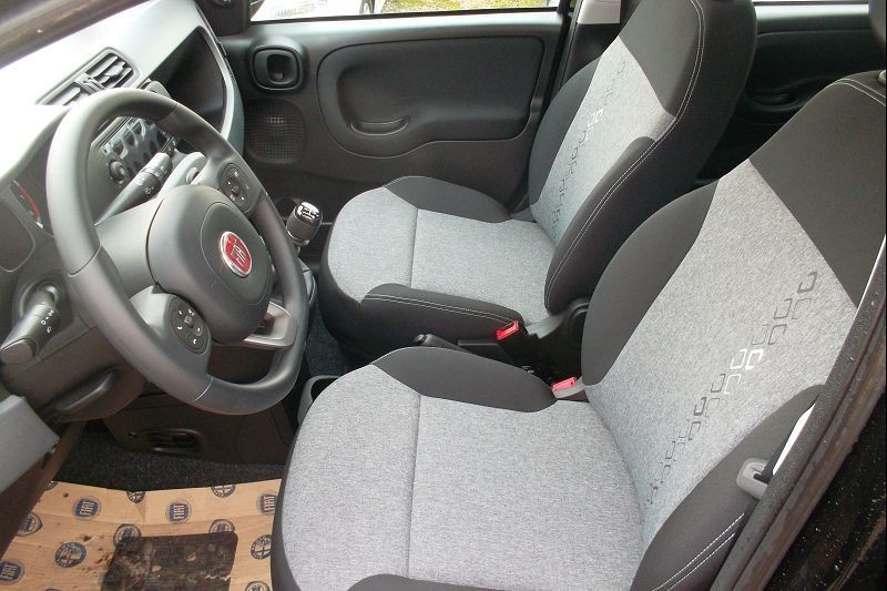 Fiat PANDA 1.2 8V 69CH S&S LOUNGE  EURO6D Essence NOIR Occasion à vendre