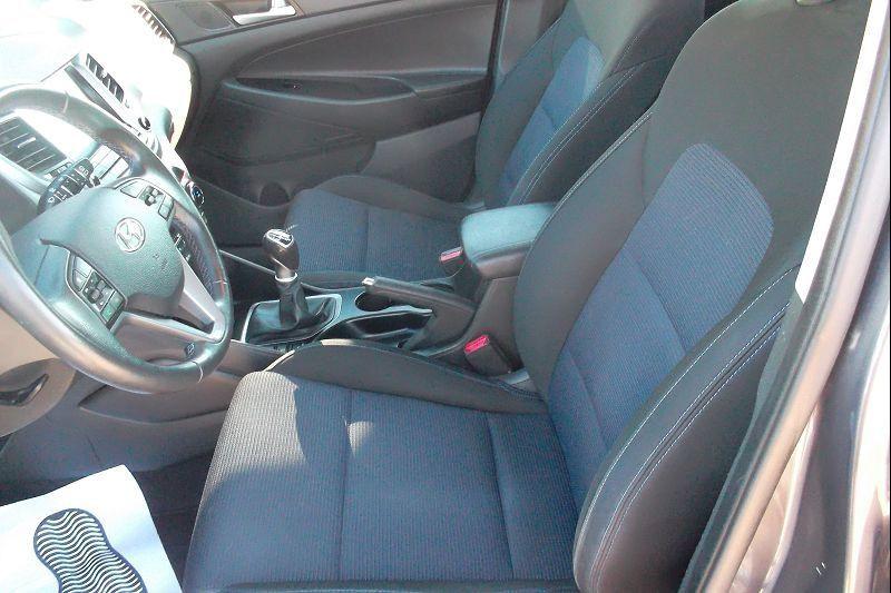 Photo 5 de l'offre de HYUNDAI TUCSON 1.7 CRDI 115CH BUSINESS 2WD à 14500€ chez François-Pierre automobiles