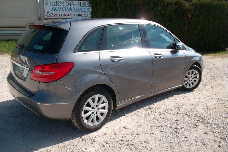 Photo 3 de l'offre de MERCEDES-BENZ CLASSE B (W246) 180 DESIGN à 10990€ chez François-Pierre automobiles