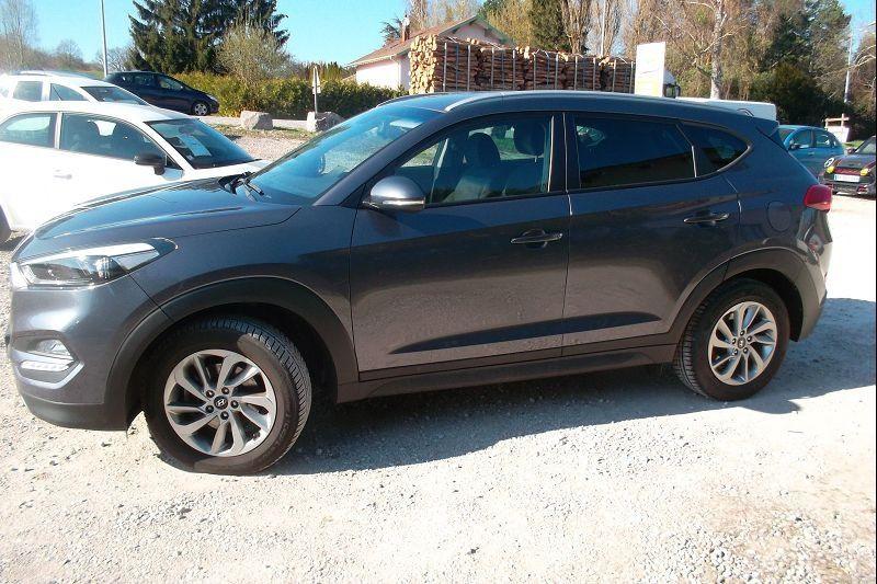Photo 2 de l'offre de HYUNDAI TUCSON 1.7 CRDI 115CH BUSINESS 2WD à 14500€ chez François-Pierre automobiles