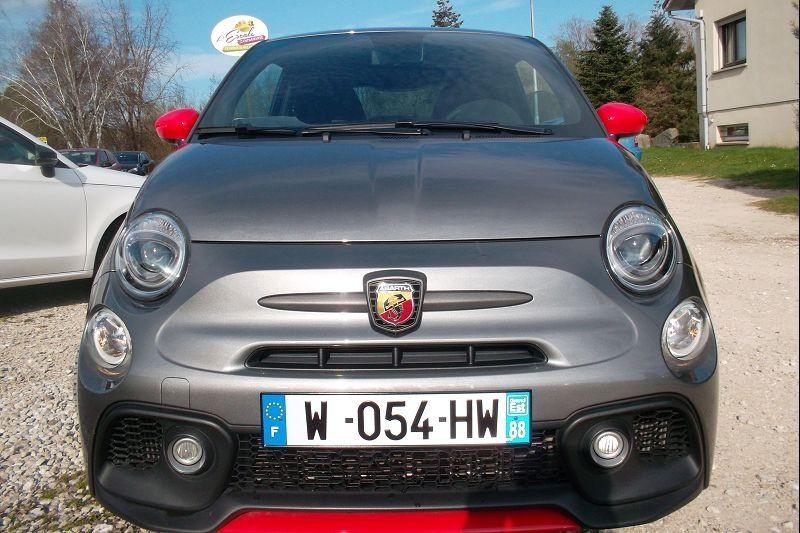 Photo 5 de l'offre de ABARTH 500 1.4 TURBO T-JET 180CH 595 COMPETIZIONE MY19 à 26900€ chez François-Pierre automobiles