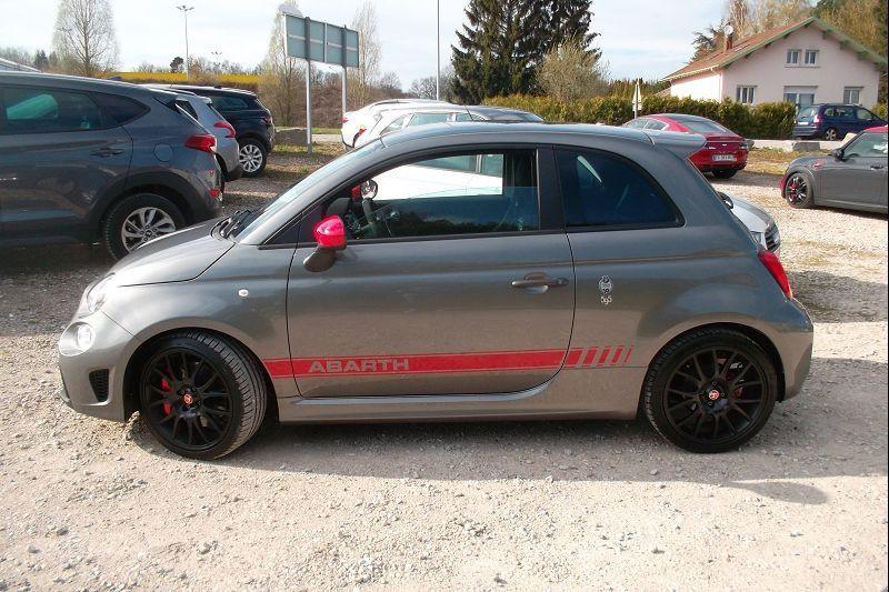 Photo 2 de l'offre de ABARTH 500 1.4 TURBO T-JET 180CH 595 COMPETIZIONE MY19 à 26900€ chez François-Pierre automobiles