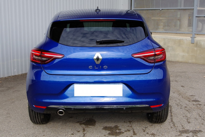 Photo 12 de l'offre de RENAULT CLIO V 1.5 BLUE DCI 115 INTENS à 18700€ chez ACCEL' AUTO