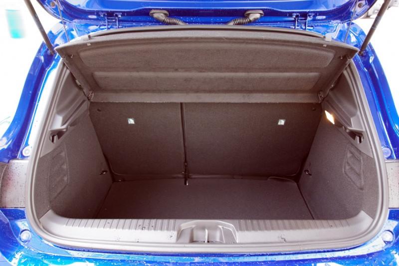 Photo 6 de l'offre de RENAULT CLIO V 1.5 BLUE DCI 115 INTENS à 18700€ chez ACCEL' AUTO