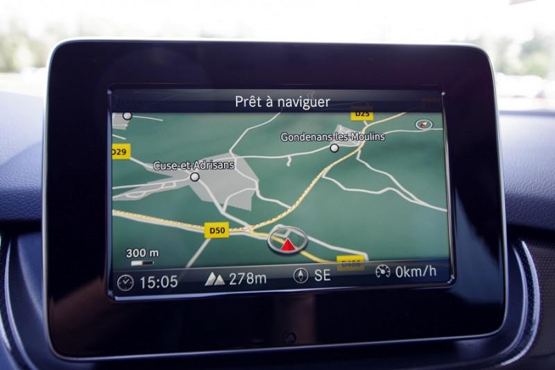 Photo 8 de l'offre de MERCEDES-BENZ CLASSE B (W246) 180 D 109 CH EDITION à 17600€ chez ACCEL' AUTO