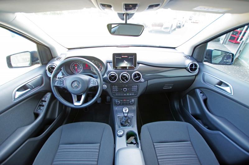 Photo 3 de l'offre de MERCEDES-BENZ CLASSE B (W246) 180 D 109 CH EDITION à 17600€ chez ACCEL' AUTO