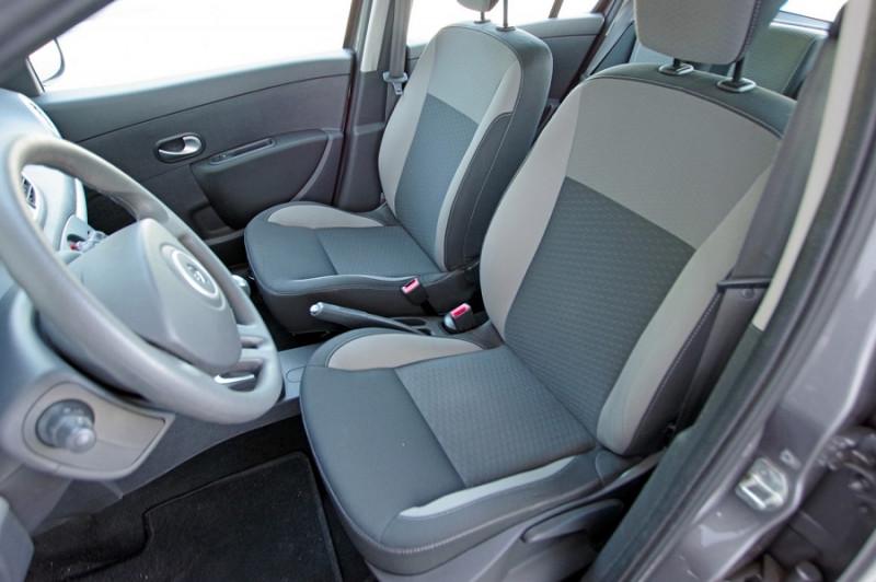 Photo 4 de l'offre de RENAULT CLIO III 1.5 DCI 70 5P à 0€ chez ACCEL' AUTO