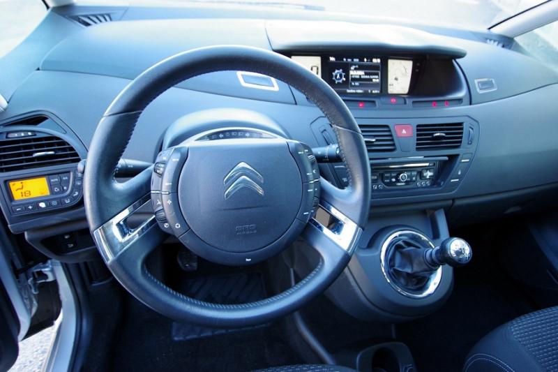 Photo 9 de l'offre de CITROEN C4 PICASSO 1.6 HDI 110 CONFORT à 7300€ chez ACCEL' AUTO