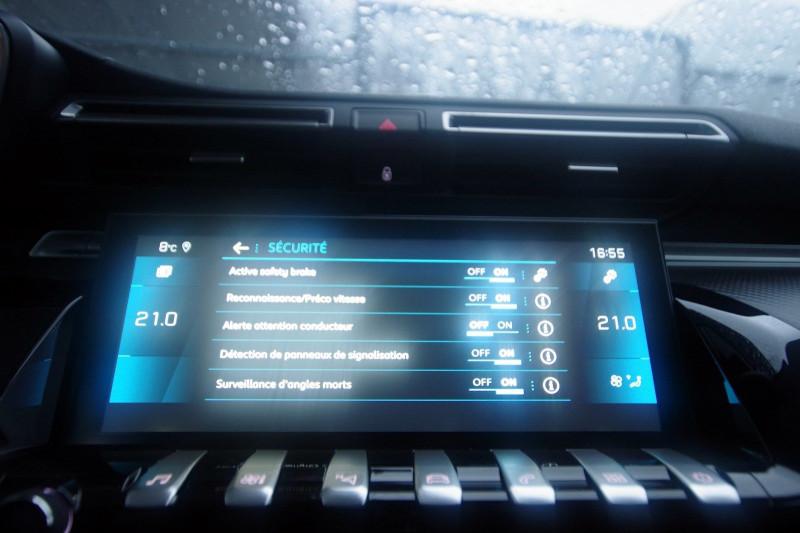 Photo 23 de l'offre de PEUGEOT 508 SW 2.0 BLUEHDI 160 S&S ALLURE EAT8 à 32400€ chez ACCEL' AUTO