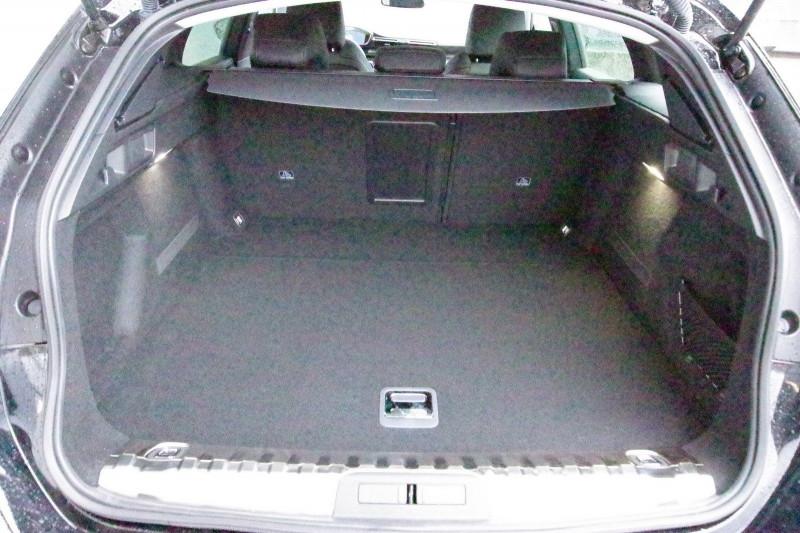Photo 7 de l'offre de PEUGEOT 508 SW 2.0 BLUEHDI 160 S&S ALLURE EAT8 à 32400€ chez ACCEL' AUTO