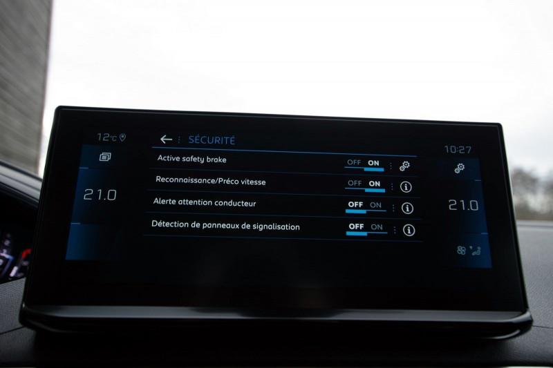 Photo 18 de l'offre de PEUGEOT 3008 1.5 BLUEHDI 130CH S&S ALLURE PACK EAT8 à 33700€ chez ACCEL' AUTO