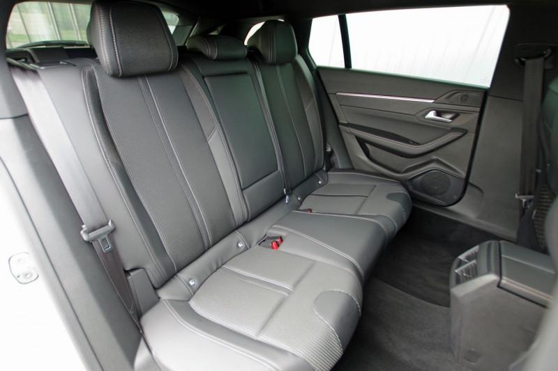 Photo 7 de l'offre de PEUGEOT 508 SW BLUEHDI 160CH S&S GT LINE EAT8 à 33800€ chez ACCEL' AUTO
