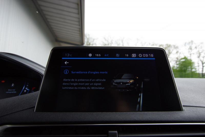 Photo 29 de l'offre de PEUGEOT 5008 2.0 BLUEHDI 180 S&S GT EAT8 à 34950€ chez ACCEL' AUTO