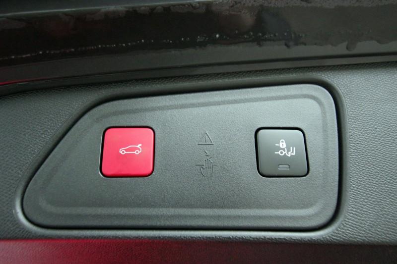 Photo 9 de l'offre de PEUGEOT 3008 1.5 BLUEHDI 130 S&S GT LINE EAT8 à 32700€ chez ACCEL' AUTO