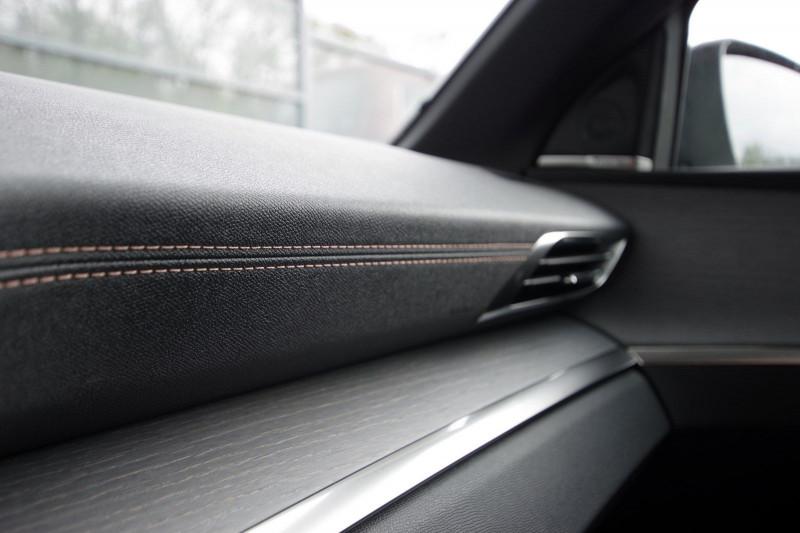 Photo 18 de l'offre de PEUGEOT 5008 2.0 BLUEHDI 180 S&S GT EAT8 à 34950€ chez ACCEL' AUTO