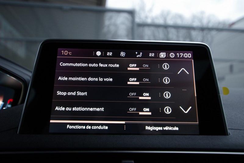 Photo 17 de l'offre de PEUGEOT 3008 1.5 BLUEHDI 130 S&S GT LINE EAT8 à 32700€ chez ACCEL' AUTO