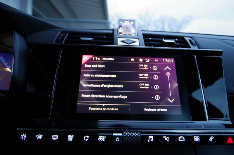 Photo 16 de l'offre de DS DS 7 CROSSBACK 1.6 PURETECH 225 CH SO CHIC AUTOMATIQUE à 41900€ chez ACCEL' AUTO
