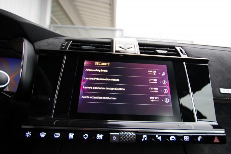 Photo 15 de l'offre de DS DS 7 CROSSBACK 1.6 PURETECH 225 CH PERFORMANCE LINE AUTOMATIQUE à 39800€ chez ACCEL' AUTO