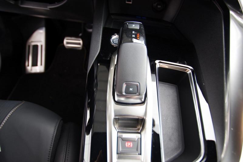 Photo 21 de l'offre de PEUGEOT 5008 2.0 BLUEHDI 180 S&S GT EAT8 à 34950€ chez ACCEL' AUTO