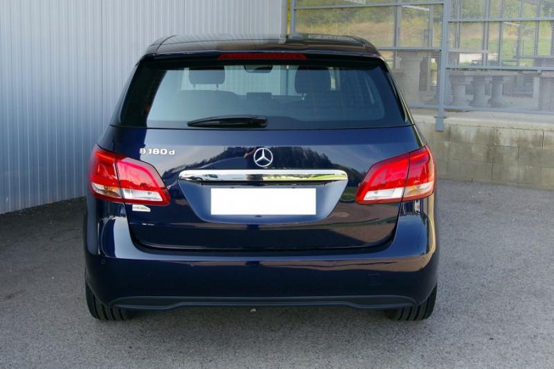 Photo 9 de l'offre de MERCEDES-BENZ CLASSE B (W246) 180 D 109 CH EDITION à 17600€ chez ACCEL' AUTO