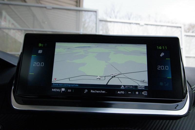 Photo 10 de l'offre de PEUGEOT 2008 E-2008 136CH GT LINE à 28400€ chez ACCEL' AUTO