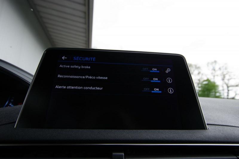 Photo 30 de l'offre de PEUGEOT 5008 2.0 BLUEHDI 180 S&S GT EAT8 à 34950€ chez ACCEL' AUTO