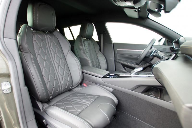 Photo 4 de l'offre de PEUGEOT 508 SW BLUEHDI 160CH S&S GT LINE EAT8 à 36500€ chez ACCEL' AUTO