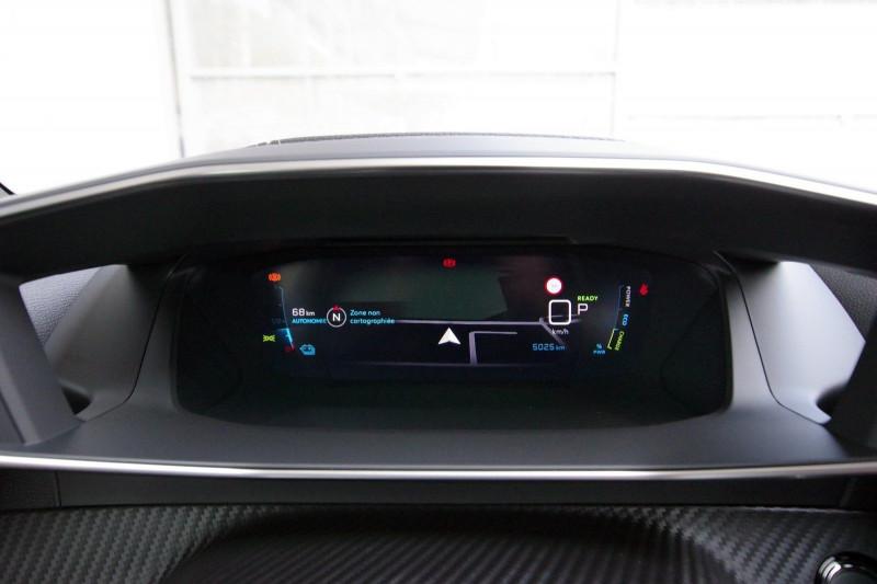 Photo 11 de l'offre de PEUGEOT 2008 E-2008 136CH GT LINE à 28400€ chez ACCEL' AUTO