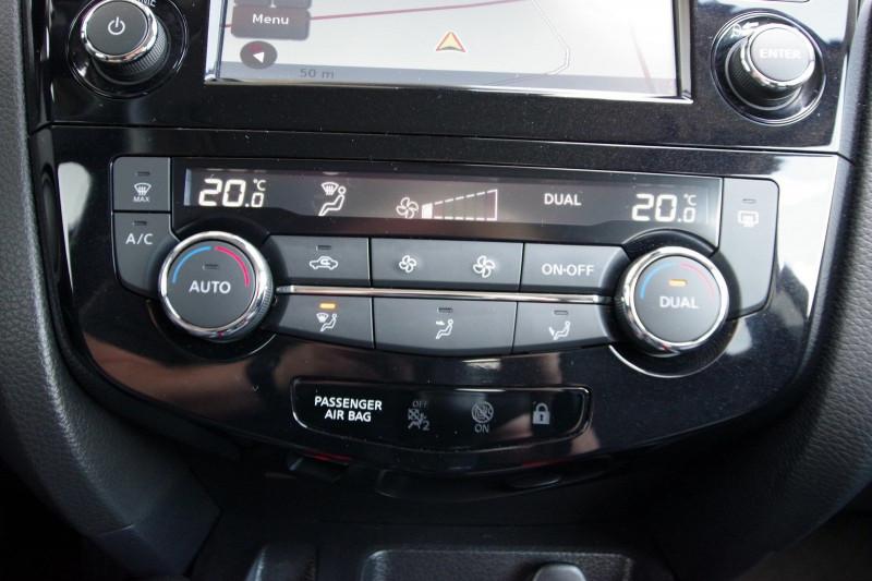 Photo 11 de l'offre de NISSAN QASHQAI 1.6 DIG-T 163CH N-CONNECTA à 17800€ chez ACCEL' AUTO