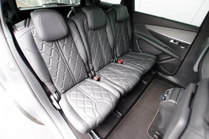 Photo 5 de l'offre de PEUGEOT 5008 2.0 BLUEHDI 180 S&S GT EAT8 à 34950€ chez ACCEL' AUTO