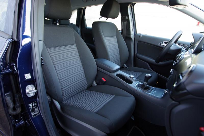 Photo 4 de l'offre de MERCEDES-BENZ CLASSE B (W246) 180 D 109 CH EDITION à 17600€ chez ACCEL' AUTO