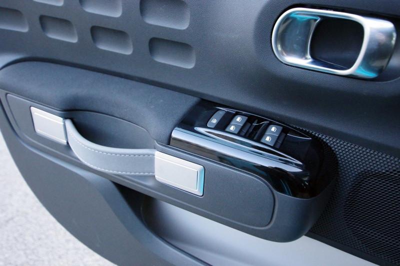 Photo 7 de l'offre de CITROEN C3 1.5 BLUEHDI 100CH S&S FEEL PACK à 17990€ chez ACCEL' AUTO