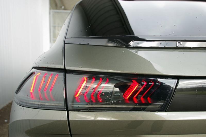 Photo 12 de l'offre de PEUGEOT 508 SW BLUEHDI 160CH S&S GT LINE EAT8 à 36500€ chez ACCEL' AUTO