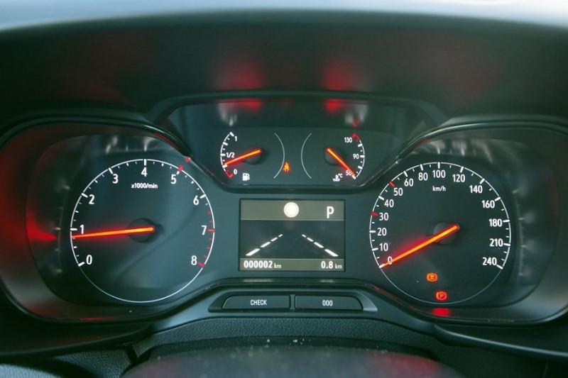 Photo 9 de l'offre de OPEL COMBO CARGO L1H1 650KG 1.5 130CH S&S PACK BVA8 à 19990€ chez ACCEL' AUTO