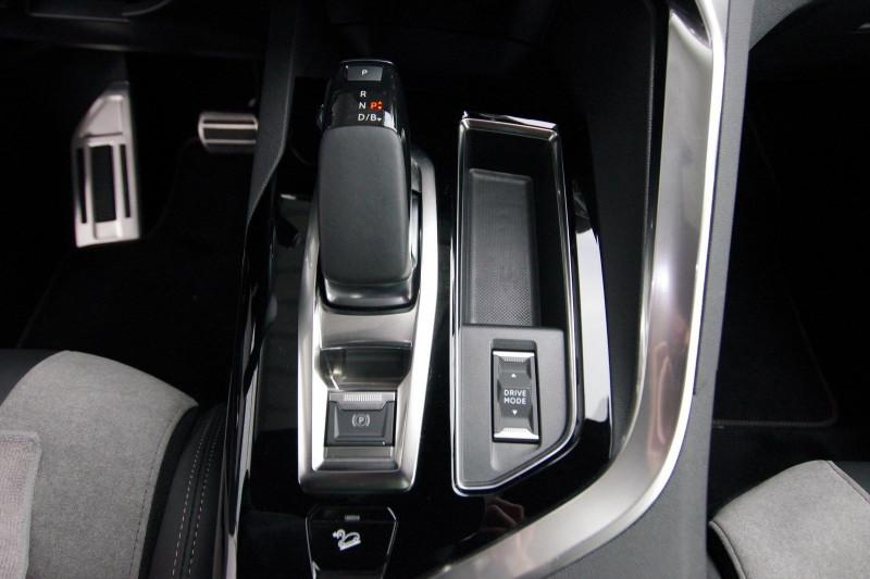 Photo 20 de l'offre de PEUGEOT 3008 HYBRID4 300CH GT E-EAT8 à 38800€ chez ACCEL' AUTO