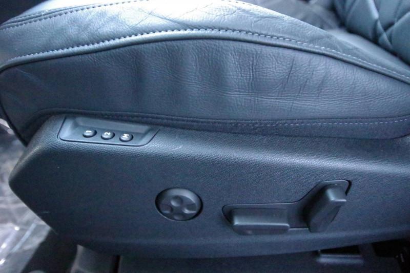 Photo 10 de l'offre de DS DS 7 CROSSBACK 1.6 PURETECH 225 CH SO CHIC AUTOMATIQUE à 40900€ chez ACCEL' AUTO
