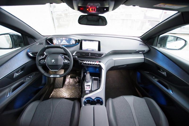 Photo 4 de l'offre de PEUGEOT 3008 1.5 BLUEHDI 130 S&S GT LINE EAT8 à 32700€ chez ACCEL' AUTO