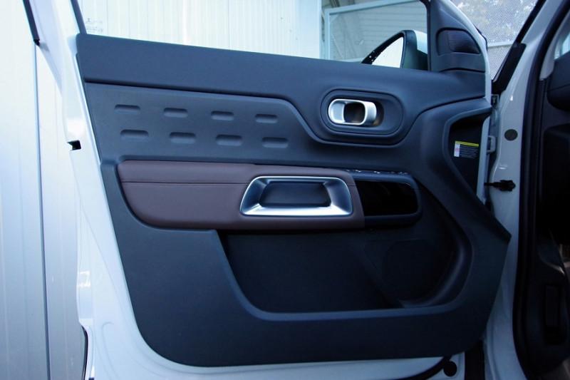 Photo 9 de l'offre de CITROEN C5 AIRCROSS BLUEHDI 180CH S&S SHINE EAT8 à 33890€ chez ACCEL' AUTO