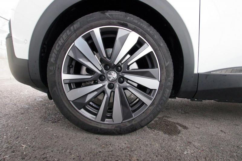 Photo 7 de l'offre de PEUGEOT 3008 HYBRID4 300CH GT E-EAT8 à 38800€ chez ACCEL' AUTO